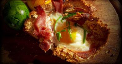 oeufs brouillés et bacon